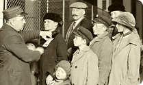 Family at Ellis Island, 1905