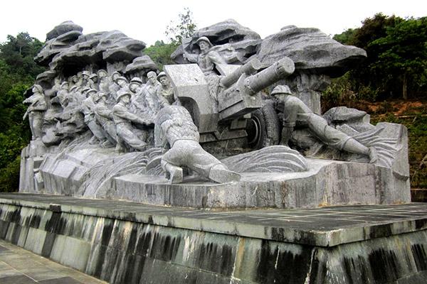 war memorial at Dien Bien Phu