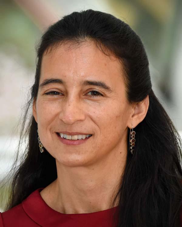 Julie Velásquez Runk