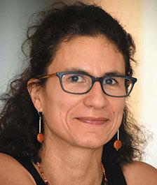 Claudia Leal