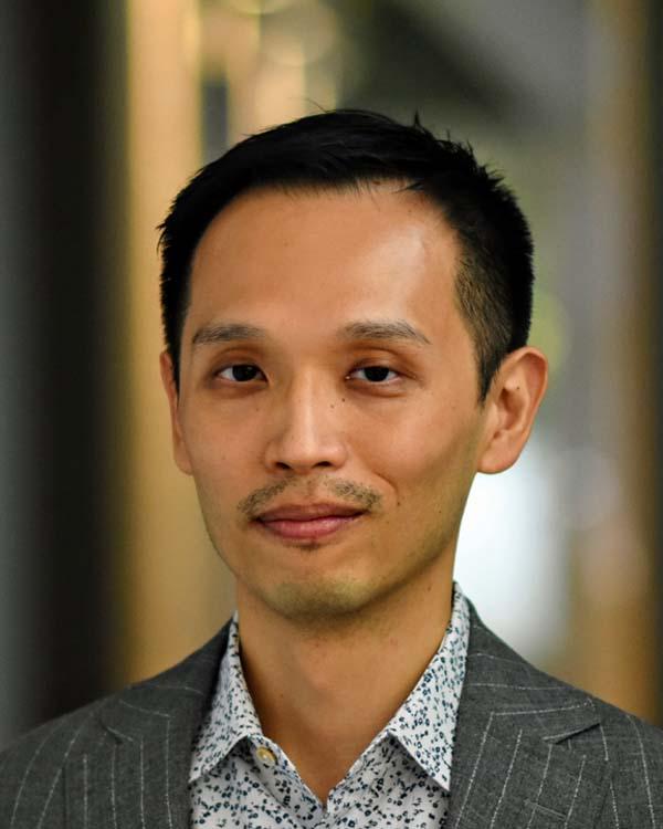 Chiang, Howard