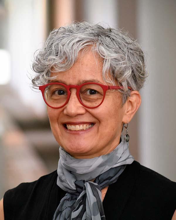 Höfling, Ana Paula