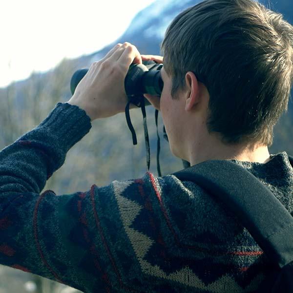 binoculars-looking-forward-600sq